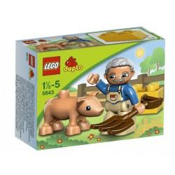 5643 LegoVille Little Piggy